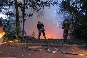 На Херсонщині ніяк не можуть загасити лісову пожежу