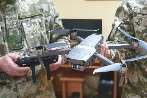 Британія передала українським прикордонникам 10 сучасних квадрокоптерів