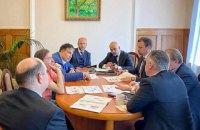 """Саакашвілі обговорив реформу """"Укроборонпрому"""" з представниками держконцерну"""