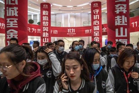 У Китаї зафіксували найвищу з січня кількість нових випадків ковіду – 62