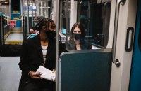 З 1 лютого маски у громадському транспорті США стануть обов'язковими