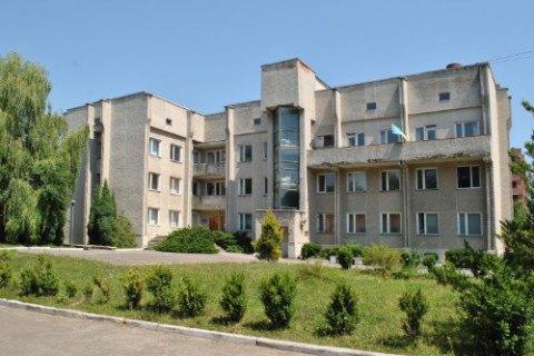 В Тернополе мужчина, вернувшийся из Польши, покончил жизнь самоубийством во время обсервации в больнице