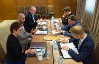 Яценюк: Росія уникає міжнародних переговорів, тому що має намір продовжувати агресію