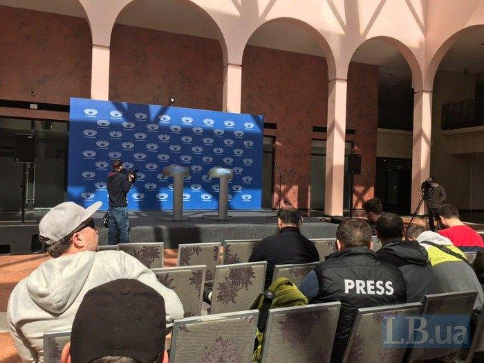 Зеленский обратился кПорошенко: Дебаты 19-го, дела— каждый день