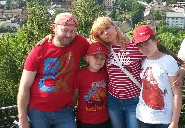 Андрей Шафоростов с семьей