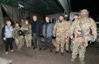 """БТІ і нотаріус з державними реєстрами в Станиці Луганській потрапили в """"сіру"""" зону, - Порошенко"""