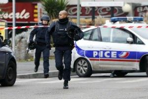 Во Франции несколько мечетей подверглись нападениям