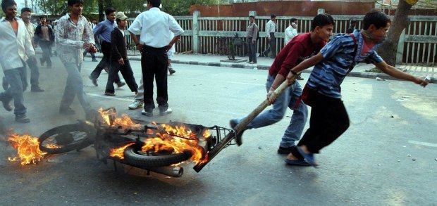 Беспорядки в Катманду