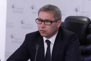 Путин становится более жестким, - Лукьянов