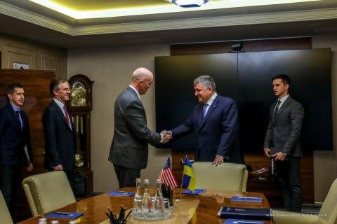 Аваков провів зустріч із заступником держсекретаря США Ендрюсом