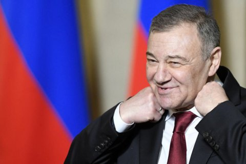 Компания друга Путина Ротенберга получила контракт на обслуживание Керченского моста