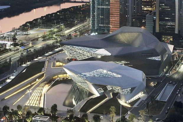 Оперний театр у Гуанчжоу