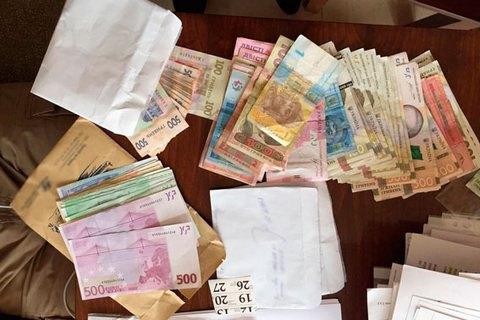 Під час обшуків у Фонді з втрати працездатності вилучили 2,6 млн гривень