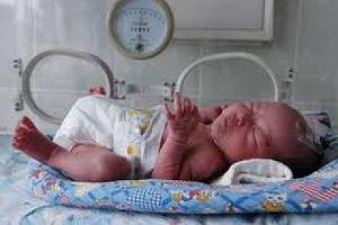 У Львові 12-річна дівчинка народила здорову дитину