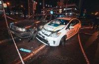 В Киеве пьяный подросток на угнанном авто протаранил патрульную машину
