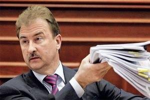 Попов резко раскритиковал Азарова и Раду за бюджет