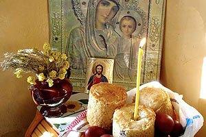 Украинцы потратят на пасхальную корзину около 250 грн