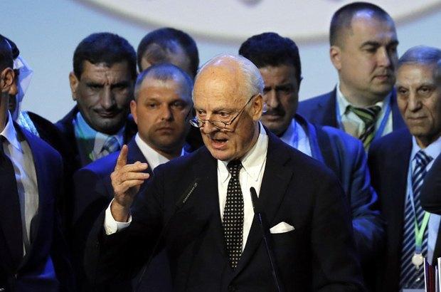 Постоянный спецпосланник генерального секретаря ООН по Сирии Стефан де Миссура выступает на Конгрессе сирийского национального диалога