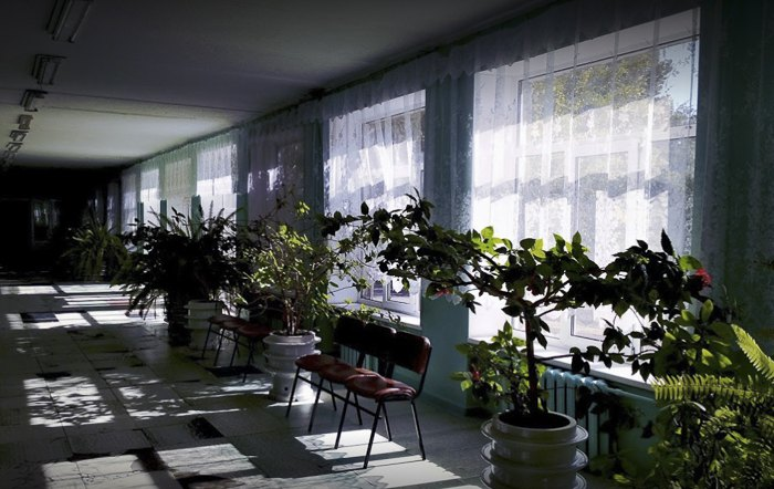 Вiдновлена школа № 3 у Миколаївцi по вулицi Миру 8, Донецької області