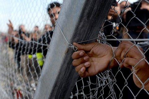 Венгрия и Словакия обвинили ЕС в нарушениях при распределении беженцев