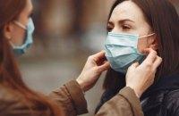 МОЗ: через носіння маски вам не забракне кисню і ви не отруїтеся вуглекислим газом