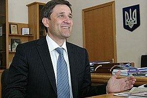 Донецкий губернатор ездит на двух Лексусах