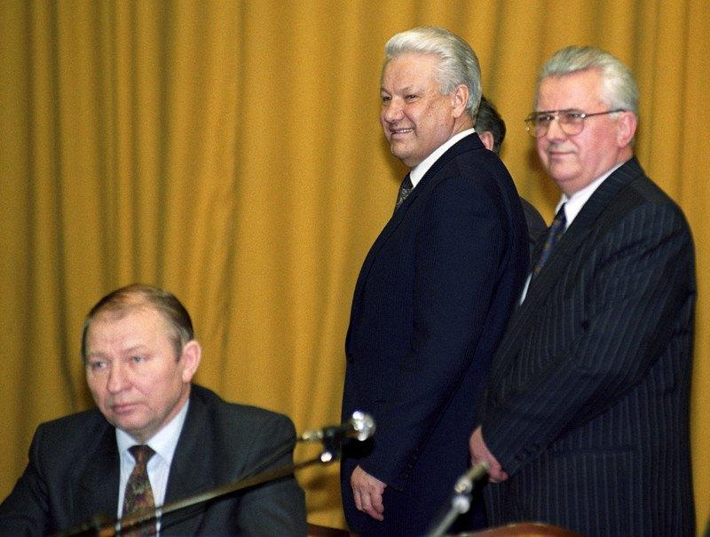 Леонід Кравчук, Борис Єльцин і на той момент прем'єр-міністр України Леонід Кучма на саміті СНД у Мінську. 22 січня 1993 року