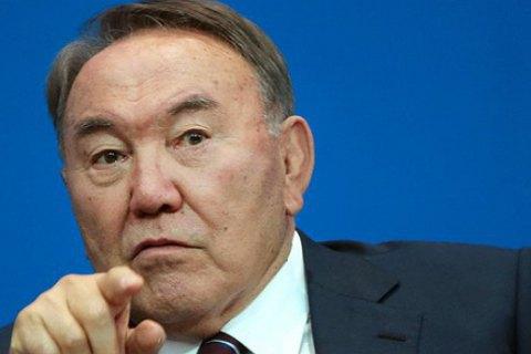 Нурсултан не залишить Казахстан