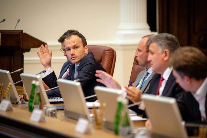 Денис Малюська на засіданні уряду 4 вересня 2019