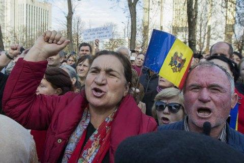 В Молдове вводят чрезвычайное положение из-за COVID-19