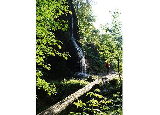 Водопад в Малиевцах