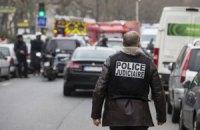Поліція Парижа відпустила підозрюваних у зв'язках із терористами