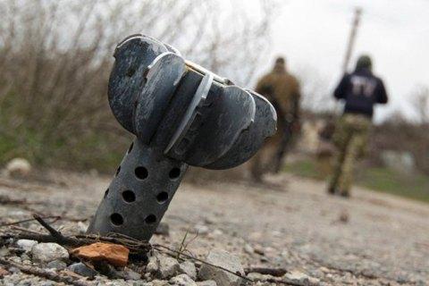 Український військовий підірвався на Донбасі