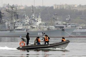За сутки в Крыму разгрузили 5 кораблей российских войск