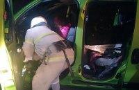 На трасі в Миколаївській області в ДТП з мікроавтобусом одна людина загинула, семеро постраждали