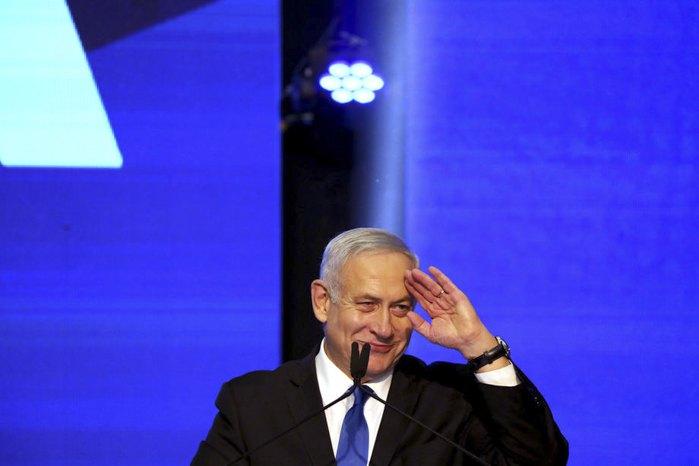 Биньямин Нетаньяху во время встречи с избирателями в день выборов в Тель-Авиве, Израиль, 17 сентября 2019