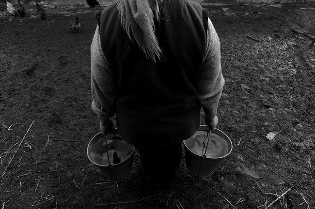 В селе все хозяйство держится на женщинах
