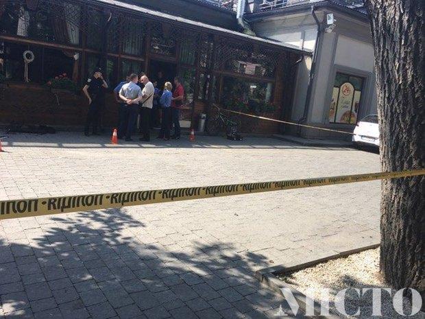 Стрельба вцентре Ивано-Франковска— милиция ищет мошенников, фото