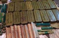 У Київській області виявили велику схованку з боєприпасами з АТО