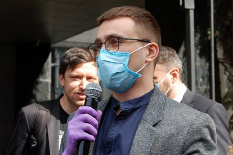 Стерненко рассказал, что пришел в СБУ, но подозрение ему не вручили
