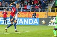 На ЧМ-2019 (U-20) игрок сборной Норвегии забил 9 мячей в одном матче, поставив рекорд ЧМ