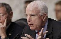Маккейн решил отказаться от дальнейшего лечения рака мозга