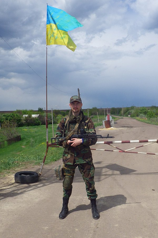 Тарас на Донбасі, Піски, 2015