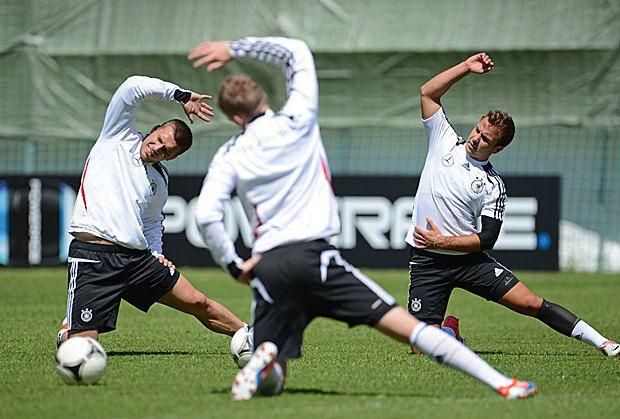 Игроки сборной Германии тренируются в Гданьске