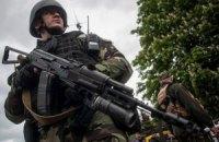 В Славянске звучат взрывы и автоматные очереди, - СМИ