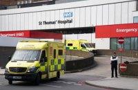 Великобритания вышла на первое место в Европе по числу смертей от коронавируса