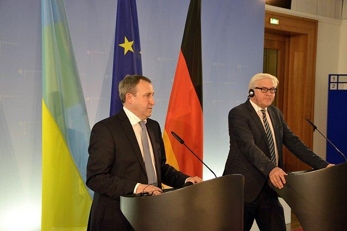 Зустріч Андрія Дещиці та Франка-Вальтера Штайнмайєра в Берліні, 20 травня 2014.