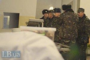 Російські окупанти і далі утримують у полоні українських військових
