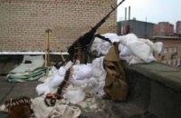 Бойовики ведуть вогонь з кулемета в Дзержинську