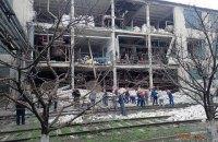 На желатиновом заводе в Лисичанске от взрыва рухнула фасадная стена, погибла работница